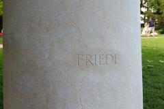 Friedens-Wunsch.ch_Simon Reitze_Bruder Klaus_Friedens- und Wunschstein_PageSection_Friede_2000x1125